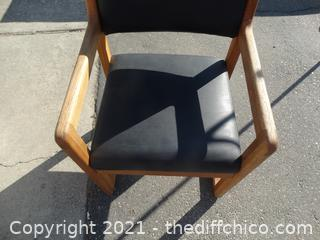 Wood Chair needs 1 screw