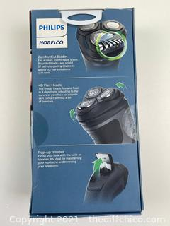Philips Norelco - Shaver 2300 - Rechargeable - 4D Flex - NEW
