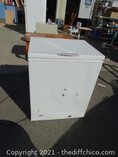 """Frigidaire Heavy Duty Commercial Freezer wks  34 1/2"""" X 27"""" X 24"""""""