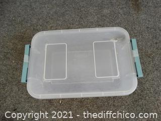 """Sterilite Container With Lid 11"""" x 7 1/2"""" 3"""""""