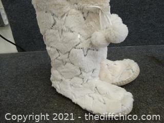 So... Furry Boots 11