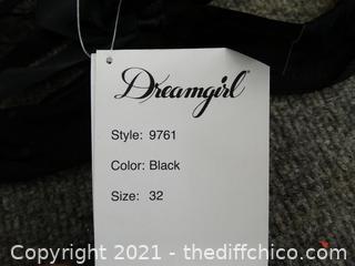 NWT Dreamgirl Bra 32