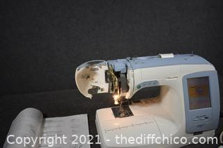 Working Kenmore Ergo 3 Embroidery/Sewing Machine plus accessories
