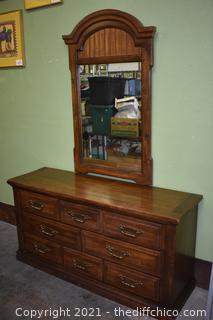 8 Drawer Dresser w/Mirror