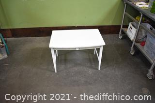 White Table w/drawer