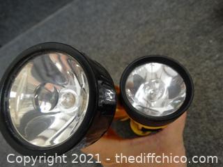 2 Flashlights