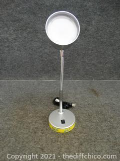 Led Desk Lamp Works