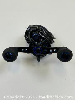 ($262) Revo Inshore Low Profile Baitcasting Reel – 7.3:1 Gear Ratio, 30″ Retrieve Rate, 24 lb Max Drag, 7 Bearings, Right Hand