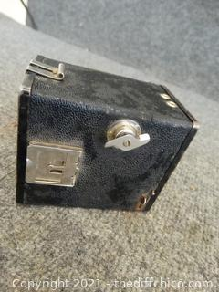 A8 Cadet Flash vintage
