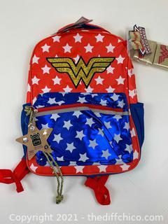 """NEW DC Comics Wonder Woman 16"""" Kids' Classic Backpack"""