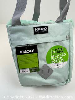 NEW Igloo Heritage Repreve Drawstring 8qt Portable Cooler - Mint