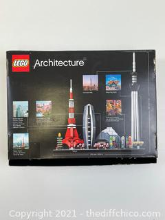 Lego Architecture Tokyo (21051) Building Kit (Pre-owned unsure if complete)