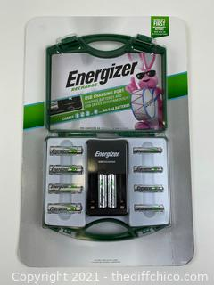 NEW Energizer Rechargeable Battery Kit + 6 AA & 4 AAA Batteries + Charger + Case