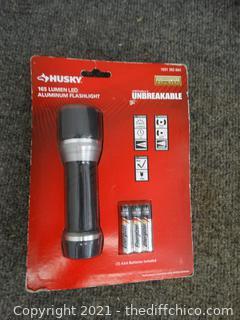 NEW Husky 165 LUM LED Aluminum Flashlight
