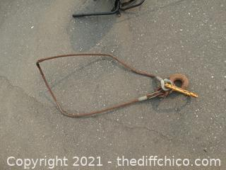 Metal Hook with cable