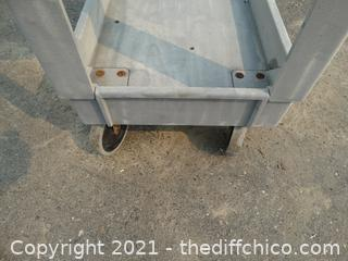 Rolling Plastic Push Cart