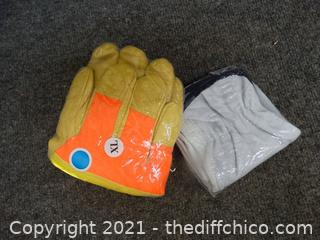 2 Pairs OF New Work Gloves
