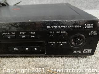 Sony CD/ DVD Player Powers On