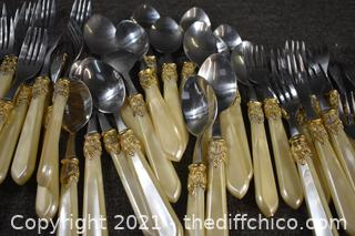 Large Lot of Flatware - no name