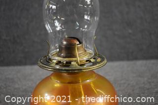 Oil Lamp w/chimney