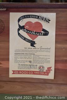 Roos Vintage Cedar Chest w/drawer