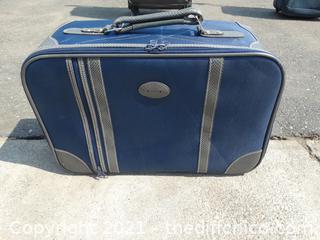 """Air Cruiser Blue Suitcase 20"""" x 7"""" x 14"""""""