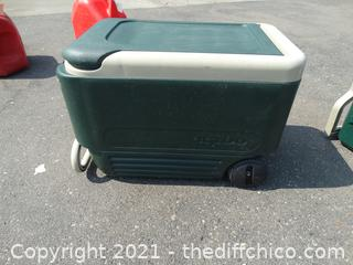 Igloo Rolling Ice Chest