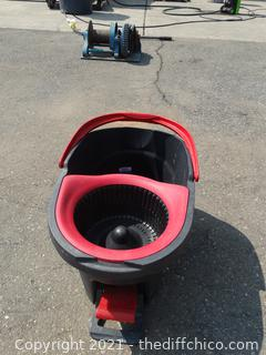 O-Cedar Mop Bucket