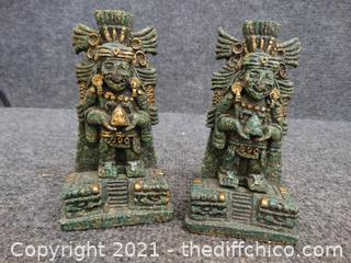 2 Statues / Bookends