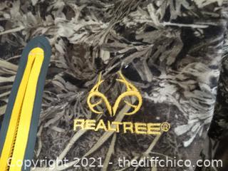 Realtree Camo Jacket Size Med