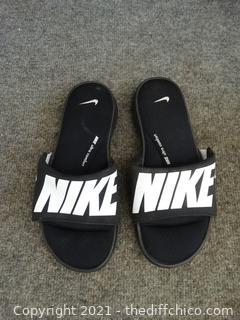 Nike Slides 6