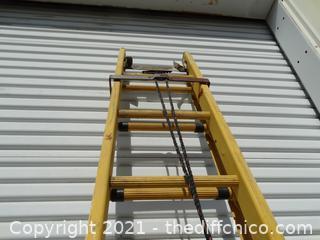 Fiber Glass 20ft EXT  Ladder
