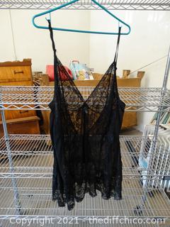 Black Lace Nighty l-xl ?