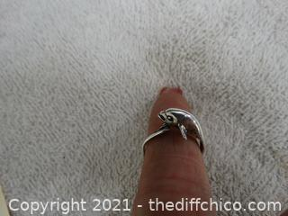 Size  6.5 Dolphin Ring