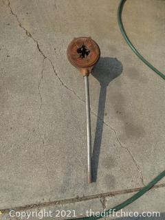 Rigid Pipe Threader