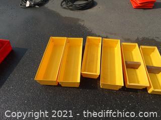 6 Yellow Organizers