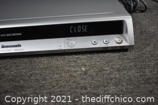 Panasonic DVD Recorder-powers up