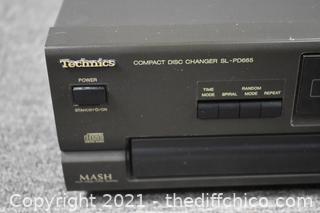 Technics 5 Disc Compact Disc Changers-powers up