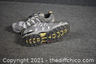 Salomon Gortex Tennis Shoes - size 8.5 - retail $140