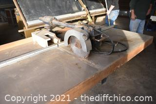 Working Comet Radial Arm Saw w/2ft Draw on Work Bench