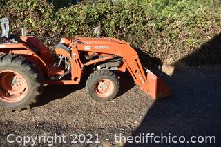 Working 2006 Model L4400 Kubota Tractor with Loader and Flail Mower attachments-550hrs