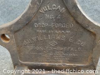 Vulcan Chain Bench Vise J.H. Williams