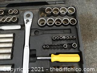 Craftsman Socket Set See Pics Missing Some Parts