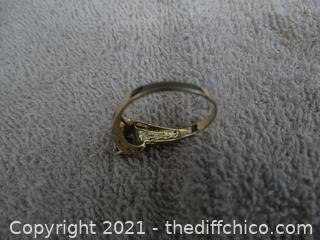 14k Gold Mystic  Emerald  Size 9  3.01 Grams Total