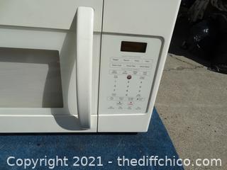 Kenmore Microwave  1100 watt  Model # 721 -85064010