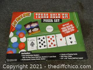 Texas Hold'em  Poker Set Missing Green Cloth