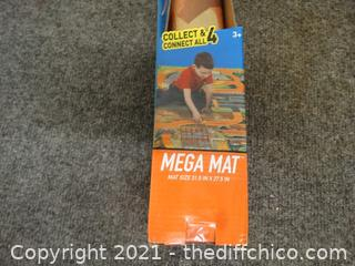 Hot Wheels Mega  Mat New