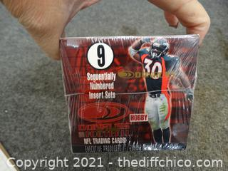Sealed 1999 Don Russ Football Cards
