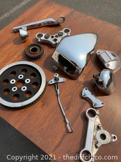 VARIETY LOT! HARLEY DAVIDSON MOTORCYCLE PARTS! 10 PICS!