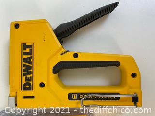 DEWALT 4 in. Heavy-Duty Compact Staple Gun